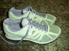 Women's Nike Air Max 2012 running shoes sneakers size 8.5 MINT