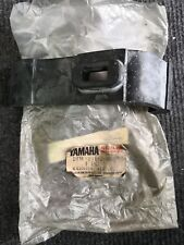 YAMAHA RD125LC 10W 13W 1GU GENUINE FUEL TANK DAMPER LOCATING DISCONTINUED