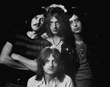 Led Zeppelin UNSIGNED photo - G185 - English rock band formed in London in 1968