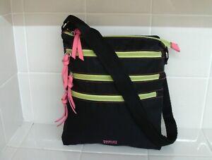 NWOT Everlast Sport Nylon Shoulder/Crossbody Bag