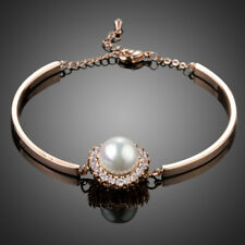 18K Rose Gold Plated Pearl Flower Bracelet W/Clear Cubic Zirconia Crystal B860-