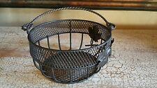 "Round Metal Leaf Basket with Handle 5 5/8"""" x 2 3/4"" EUC"