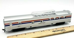 Life-Like Ho Scale Train AMTRAK SILVER TOWER Coach Car RD# 9321 Light Function