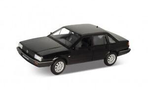 Volkswagen Santana noir 1/24 Welly