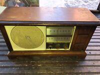 Vintage Westinghouse Wood Tube Radio Made in USA Model H778N7