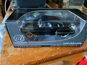 American Muscle Authentics 1950 Oldsmobile 88 Die Cast 1:18 Box
