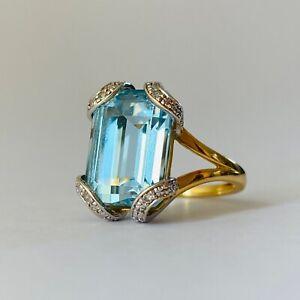 Vintage French 18K Yellow Gold Genuine Aquamarine Gemstone Diamonds Ring