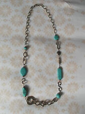 Collier turquoise et métal