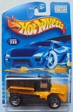 2001 Hot Wheels Oshkosh Snowplow Col. #233 (Without Plow Blade)