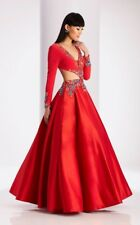 Clarisse Dress 3025 in Vermillion Red, size 4! Pre-own only wear one time!