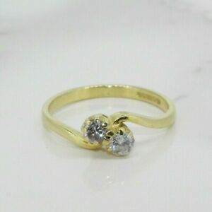 18ct Yellow Gold 0.25ct Two Stone Diamond Crossover Ring (Size K 1/2, US 5 1/2)