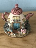 Lovely Little Vintage Mice House Teapot/mouse Trinket Box Collectable