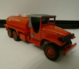 Voiture miniature 1/43solido camion citerne pompier GMC