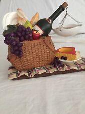 VINTAGE Yankee Candle Picnic Basket Wine Cheese Bread Grapes Tart Melt Warmer