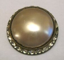 Lovely vintage style circular brooch approx 1¾ ins wide