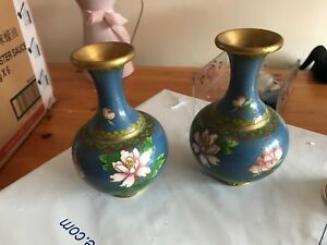 STUNNING PAIR OF ANTIQUE CHINESE CLOISONNE WATER LILIES  VASES
