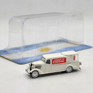 1/72 Dodge KH-32 Streamline Fountain Van 1934 White Diecast Model Collection