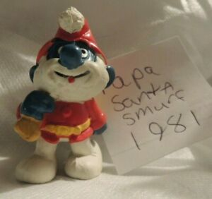 VINTAGE COLLECTABLE SMURF TOY FIGURE -PAPA SANTA SMURF 1981