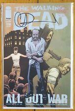 The Walking Dead 118 All out War Part 4 Charlie Adlard SIGNED COA NM 1st Print