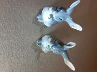 1019 royal copenhagen hare eating