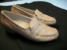 "SAS Tripad Comfort  Tan Size 7 Medium 1"" Heel Slip On Leather Women's Shoes"