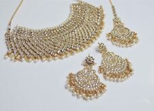 Indian Bollywood Designer Kundan Jewellery Set with tikka gold with pearl detail