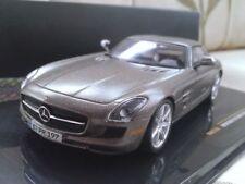 Véhicules miniatures marrons pour Mercedes 1:43