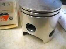 NOS OEM Yamaha Piston STD 1977-1978 DT250 Dual Purpose 1M1-11631-00-96