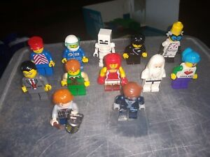 Lego minifigures job Lot   see pictures.