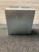 New Hubbell Metallic Floor Box Cast Aluminum Cover, 4 Gang AFB4G50
