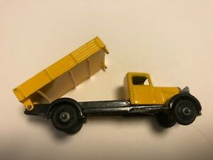 Dinky Toys 25e Restored Yellow Tipper Wagon