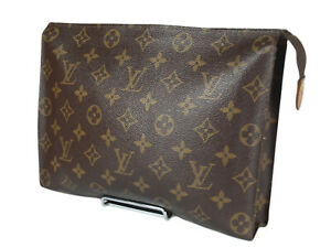 LOUIS VUITTON Toiletry 26 Monogram Canvas Leather Pouch Accessories Clutch Bag