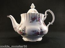 Royal Albert Lavender Rose Théière RARE