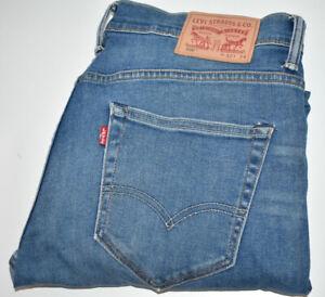 Levi's 520 Jeans Denim Blue Skinny Stretch Tapered W32 L34 Zip Fly Free Post VGC