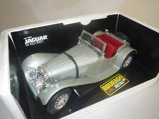 """Bburago  Jaguar  SS 100  (mit Pins und codiert)  """"1937""""  (grau)  1:18  OVP !"""