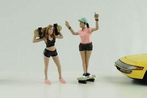 Skateboard Figurine Set 2 Woman Girl Cool 1:18 American Diorama No Car