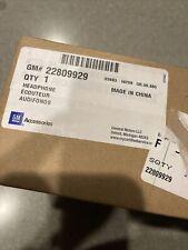 GM # 22809929 OEM CADILLAC ESCALADE HEADPHONE SET 2015-2020 FOR HEADREST DVD