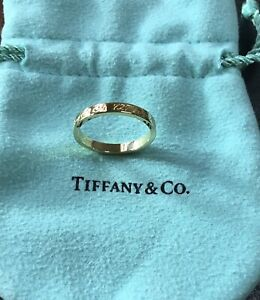 18ct Yellow GOLD Ring TIFFANY  & Co. Script - As New