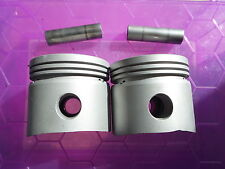 3870 - PAIR 750CC STANDARD PISTONS - LATEST GPM - VERY GOOD - WITH PINS
