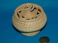 "TINY INTRICATE WOVEN GRASS BASKET W/ LID 10"" AROUND X 2 1/4"" T"