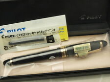 Pilot (NAMIKI) Japanese FP Custom 743 Black with converter / 14K / EF nib New!