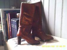 superbes bottes vintage plein cuir roux .TBE .t 37. (22/AZ)