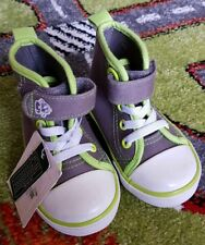 BNWTS Grey Green And White High Top Boots Shoes Infant Toddler Size 4