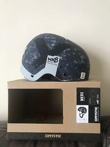 Mystic Mk8x helmet black/white size Large