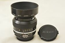 #820 Nikon Nikkor Ai 50mm F/1.4 MF Standard Lens With Hood, Caps From Japan