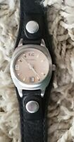 Womens Fossil Watch. Quartz dial, Black leather band. Nice condition.