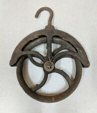 Vintage Rustic Cast Iron #8 Water Well Pulley,Curved Spokes,Barn Loft Decor,