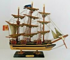 """Red Jacket"" Clipper Wooden Replica Detailed Model EUC"