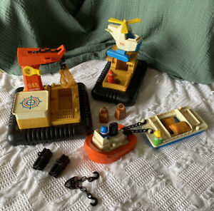 Vintage 1970's Fisher Price Offshore Cargo Base 945 Floating 1978 Little People