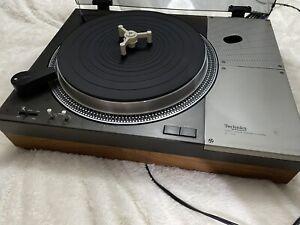 Technics by Panasonic SL-110A Direct Drive Turntable NO TONE ARM